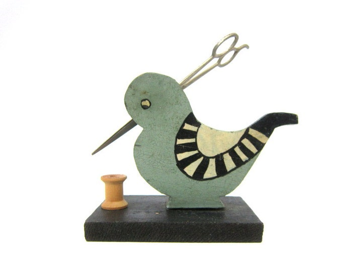 Primitive Wooden Bird Sewing Organizer