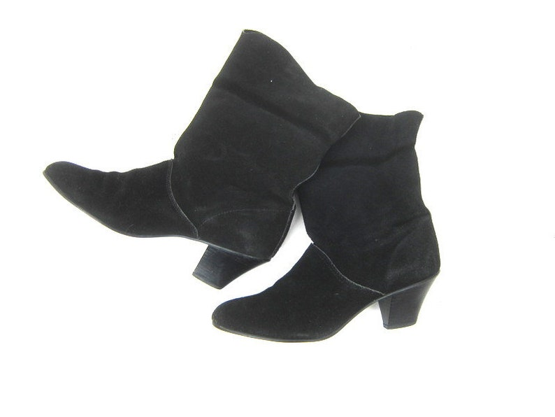 28d1b75b38b13 Black Suede Leather Boots 80s Slip On Booties Fold Over 1990s Boho Leather  Boots Womens Size 8