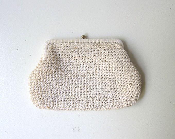 White Raffia Handbag 70s Natural Straw Clutch Modern White Purse Minimal Resort Beach Shoulder Purse Vintage