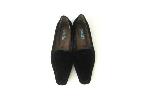 40266517cb4 Vintage Black Velvet Slippers Slip On Shoes Modern Minimal