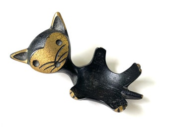 Vintage Black /& Gold Metal Elephant Egg Cup or Ring Dish in the Style of Walter Bosse