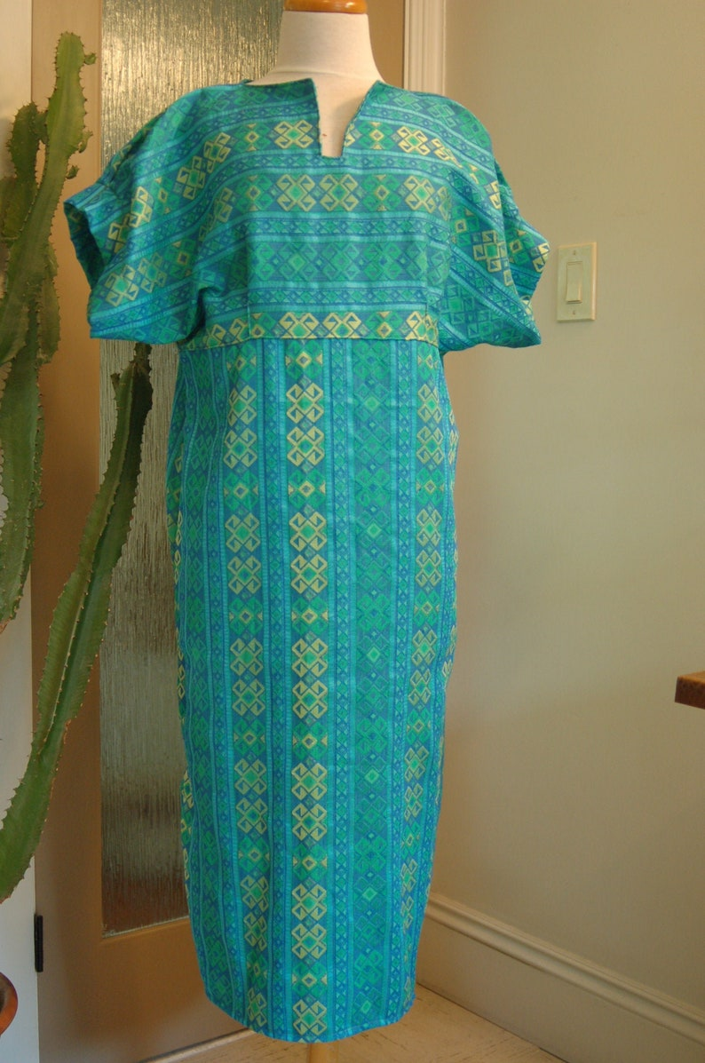 Comfortable and stylish woven turquoise and citrus green image 0