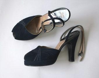 vintage 1940s platform heels / 40s navy suede heels / 1940s peep toe ankle strap pumps / 40s studded pinup shoes / 40s John Marino heels / 7