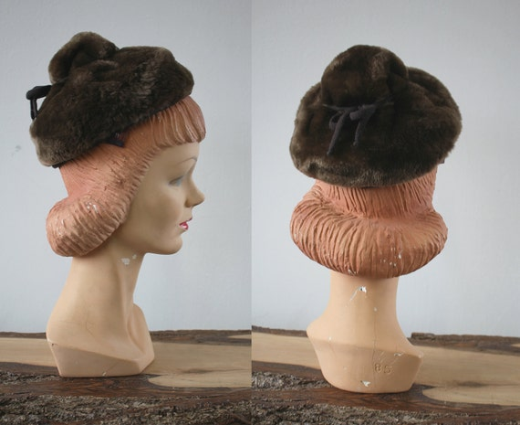 vintage 40s hat / 1940s Sheared Beaver Hat / 40s T