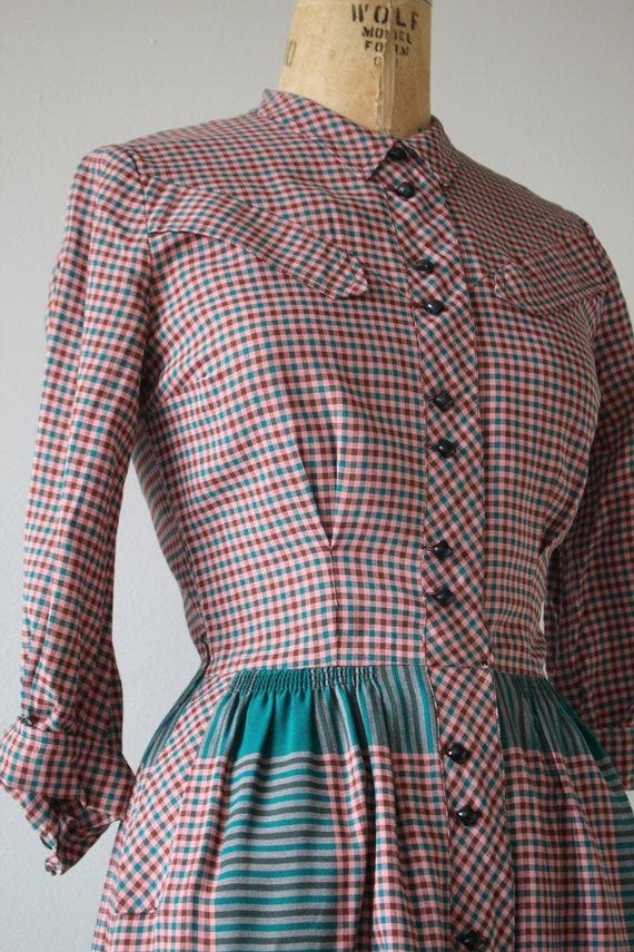 1940s vintage dress / 40s plaid cotton dress / 40… - image 4