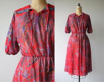 1970s vintage dress / 70s red floral dress / 70s boho dress / 70s paisley dress / elastic waist dress / size small medium