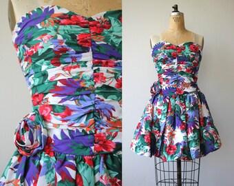 vintage 1980s dress / 80s party dress / 80s strapless mini dress / 1980s rouched floral dress / cotton tropical dress / palm print / small