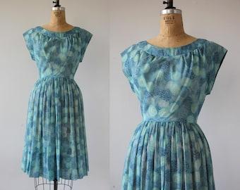 1950s vintage dress / 50s blue dots dress / 50s day dress / 50s cotton dress / 50s medium dress / 50s circle print dress