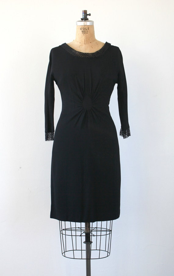 vintage 1950s dress / 50s black dress / 50s LBD /… - image 2