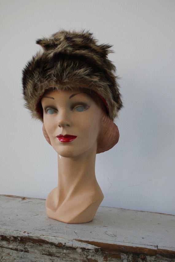 vintage 1960s hat / 60s fur cap / 60s fur hat / r… - image 3