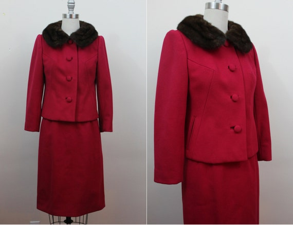 vintage 1960s suit / 60s red suit / fur collar / 5
