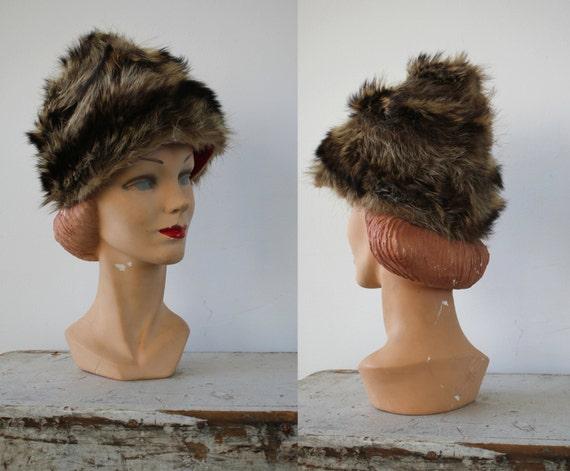 vintage 1960s hat / 60s fur cap / 60s fur hat / r… - image 1