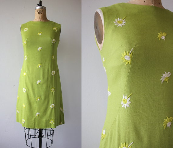 vintage 1960s dress / 60s floral shift dress / 196