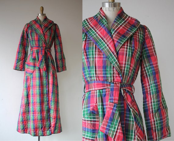 vintage 1940s robe / 40s quilted robe / 40s red pl