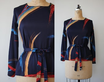 vintage 1970s tunic top / 70s belted blouse / 70s geometric tunic / 70s navy blue top / 70s belted top / abstract paint stroke print / s med