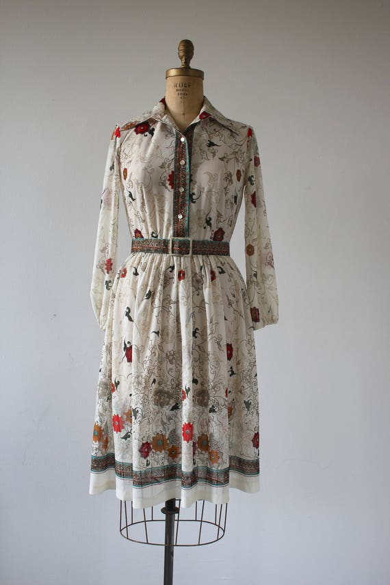 vintage 1970s dress / 70s floral print dress / 70s long sleeve dress / 70s fall floral shirt dress / 70s cream green floral dress / medium