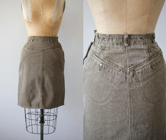 vintage 1980s skirt / 80s denim skirt / 80s paper