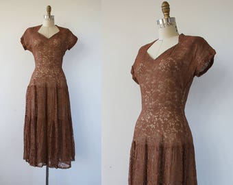 vintage 1940s dress / 40s mocha lace dress / 40s tiered lace dress / 40s party dress / 40s NYE dress / 40s holiday dress / XS small