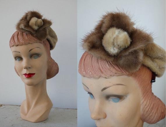 vintage 1940s hat / 40s fur tilt hat / 40s beaver