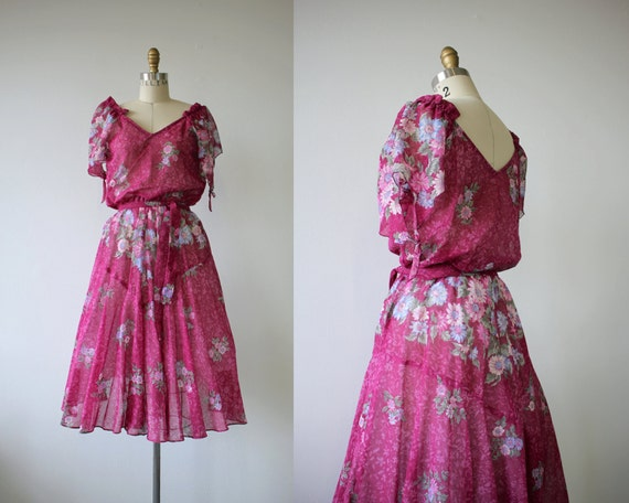 1970s vintage dress / 70s pink floral dress / 70s