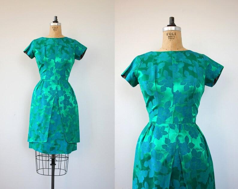9cca9417935 Fin des années 1950 robe vintage   fête des années 50 a attiré