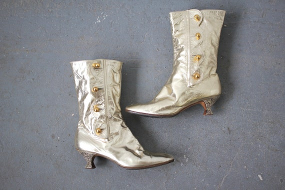 vintage 1960s boots / 60s gold leather ankle boots