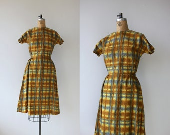 1950s vintage dress / 50s golden plaid dress / 50s day dress / 50s cotton dress / 50s medium dress / 50s floral print dress