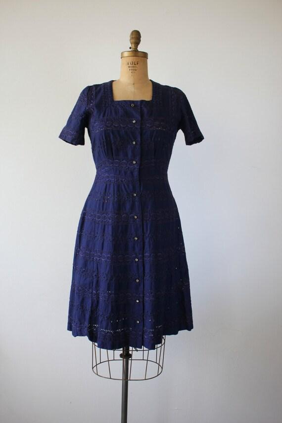 vintage 1940s dress / 40s navy blue eyelet dress … - image 2