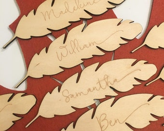 Personalized Feather Place Cards - Custom Place Cards, Personalized Place Cards, Thanksgiving Decor, Thanksgiving Table, Happy Thanksgiving