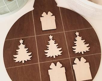 Christmas Tic Tac Toe Board Game - Merry Christmas, Christmas Decor, Wooden Games, Christmas Ornament, Christmas Present