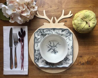 Wooden Antler Plate Charger - Christmas Table, Christmas Decorations, Holiday Decor, Merry Christmas, Deer, Antlers, Wooden Charger