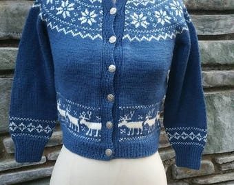 amazing handmade 50s 1950s wool button up sweater made in norway deer buck pinup bombshell snowflakes