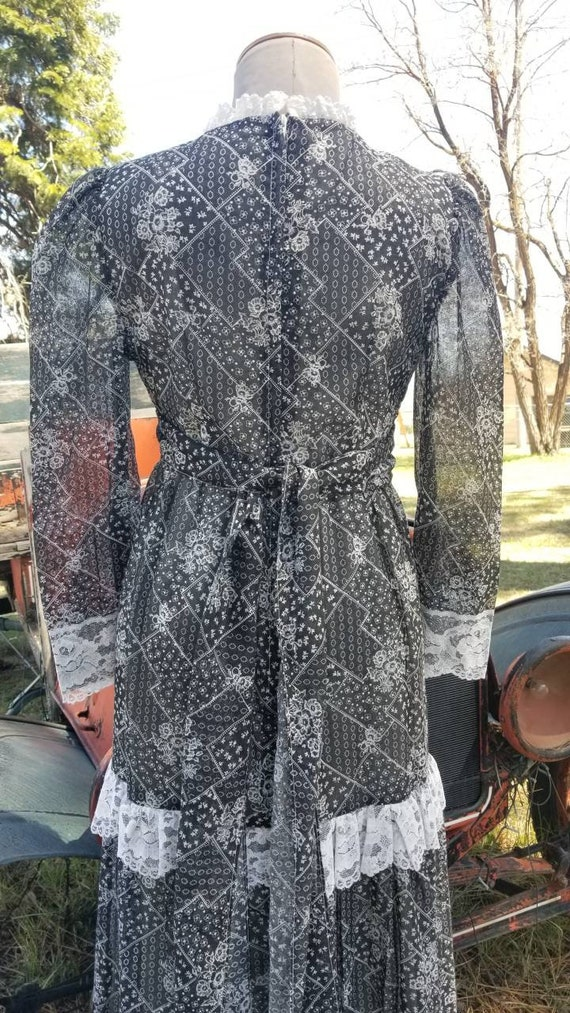 Black and white maxi dress gunne sax prairie styl… - image 6