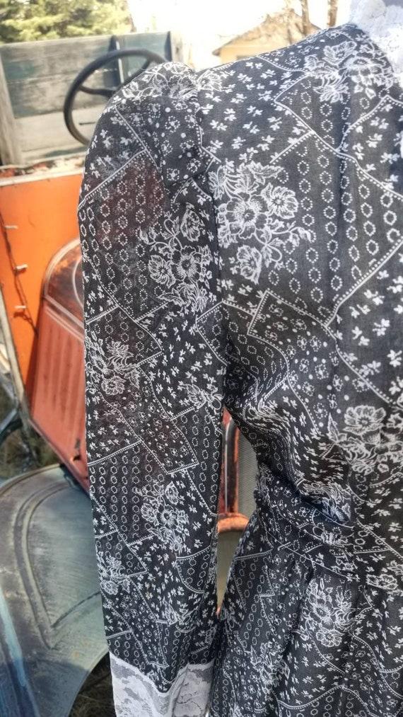 Black and white maxi dress gunne sax prairie styl… - image 7