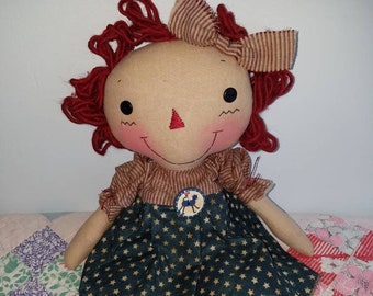 Americana theme Raggedy cloth doll, Handmade doll by Homespun from the Heart, Raggedy cat button Americana Decor