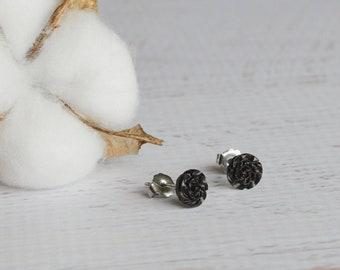 Vintage Carved Flower Earrings- Black Studs- 1940's Czecho Slovakia Earrings- Black Titanium Studs- Vintage Earrings- Flower Earrings
