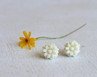 White Flower Earring Studs- Titanium Chrysanthemum Earrings- White Flower Studs- Hypoallergenic Earrings- Titanium Earring Posts- Girl Gift