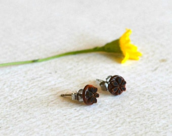 Vintage Flower Earrings- Titanium Brown Flower Studs- Carved Flower Earrings- Hypoallergenic Earrings- Simple Titanium Earrings- Girl Gift