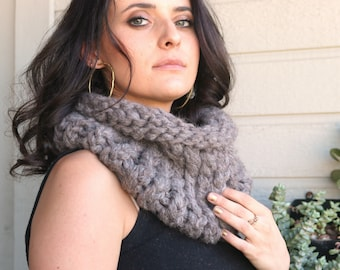 Chunky Knit Scarf, Gift For Her, Taupe Grey Hand Knit Scarf, Christmas Gift, Thick Cowl Scarf, Women Cowl Scarves, Single Loop Wrap