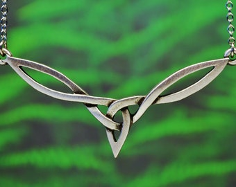 Celtic Knot Necklace | Irish Celtic Necklace | Celtic Knot Jewelry | Irish Jewelry |  Scottish Jewelry | Celtic Jewelry |  Celtic Necklace