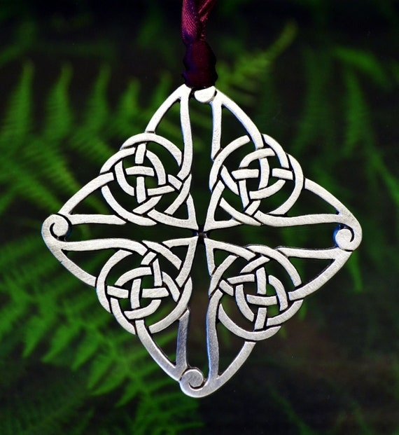 Celtic Christmas.Celtic Christmas Ornament Celtic Christmas Tree Decoration In Fine Pewter By Treasure Cast