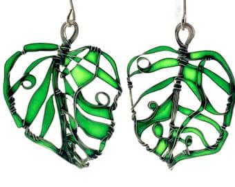 New Green Leaves Silver Earrings. Elegant Earrings. Emerald Green Earrings. Green Jewelry. Unique Jewelry. Wire Wrapped Jewelry. Lightweight