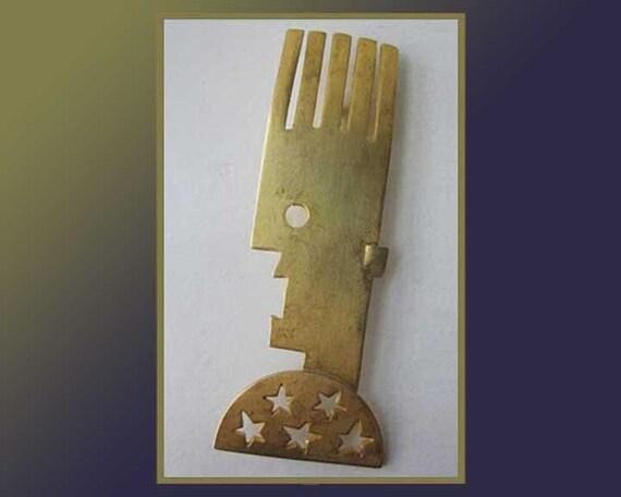 Daft PUNK, Post Modern Man, Cut Out Gold Tone Pin,