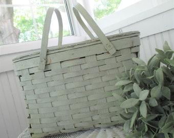 Vintage Picnic Basket * Pie Basket * Farmhouse * Shabby Cottage