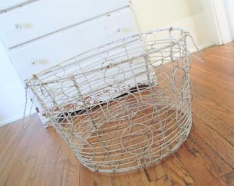 SALE * Vintage Wire Basket * Shabby Cottage Chic * Farmhouse