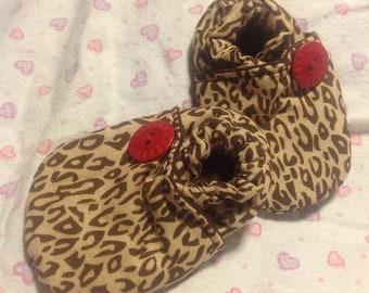 tiny kimono slippers - infant