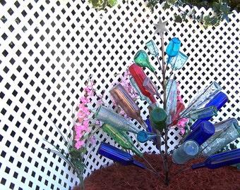Christmas BOTTLE TREE  Holds 26 Wine Bottles Yard Garden Decor