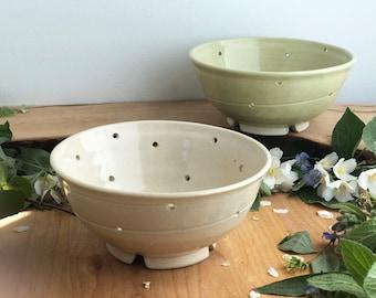 Ceramic Berry Bowl - Strainer Bowl