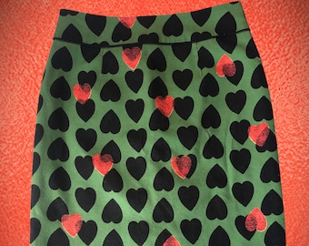 Rockabilly or wear to work Heart Pencil Skirt Maeve Anthropology size 6 hearts  valentines