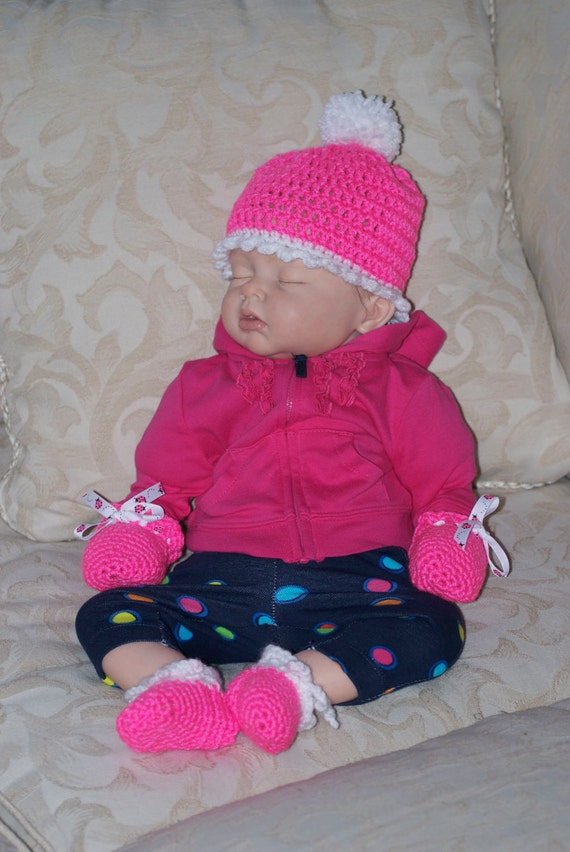 Neon Pink Cap with matching mittens and booties and FREE SHIPPING